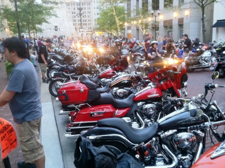 Saturday night--Motorcycles on Meridian