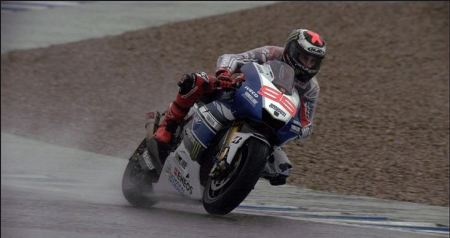 Lorenzo in the rain